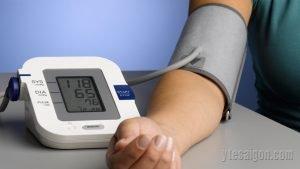 Máy đo huyết áp điện tử có thể đo ở những vị trí nào?